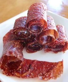 Easy recipe for homemade fruit leather, aka fruit roll-ups. These only use 5 ingredients.
