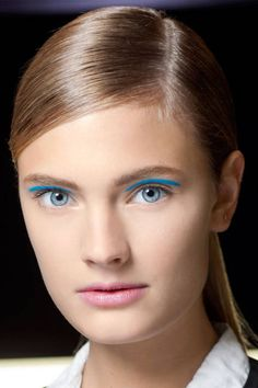Blue Eye Makeup - Runway Ideas for Blue Eye Makeup - ELLE