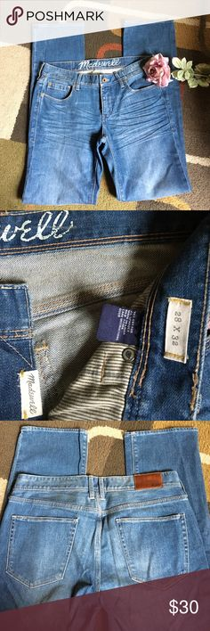 """Madewell jeans🍁 Style is rail straight🍁 excellent condition🍁 lying flat waist measures 15.5"""" 🍁 rise is 8"""" 🍁inseam is 32""""🍁 material is 98% cotton 2% spandex Madewell Jeans Straight Leg"""