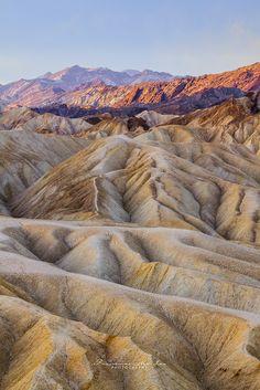 ˚The Badlands of Death Valley, Zabriskie Point - Death Valley National Park, California