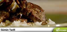 Çok kolay ama çok özel bir sos, çok tanıdık ama bambaşka bir pilav tarifi… Bu akşamın menüsü Gabriele Sponza'dan!  #gününtarifi: Ekşi Tatlı Kuzu ile Susamlı Pilav