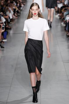 Trend: Black & White; Wrap Front Skirt // DKNY Spring 2016 Ready-to-Wear Fashion Show - Maartje Verhoef