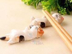 【小三美日輸入】婚禮小物~ 日式和風懶懶貓手繪陶瓷筷子架/筷拖/筷架【D991020】