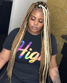 Hairstyles For Women Over 40 That Look Great – HerHairdos African Braids Styles, African Braids Hairstyles, Teen Hairstyles, Weave Hairstyles, Short Box Braids, Blonde Box Braids, Braids With Weave, Hair Stations, Curly Hair Styles