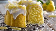 Budín de limón para devorar - Recetas - Diario Rio Negro - rionegro.com.ar Lemon Recipes, Sweet Recipes, Whole Food Recipes, Cake Recipes, Dessert Recipes, Desserts, Bunt Cakes, Cupcake Cakes, Cupcakes