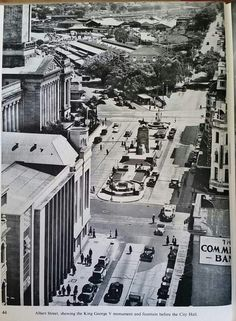 Albert St, Brisbane showing King George V monument and fountain in front of the City Hall. Old Pictures, Old Photos, Vintage Photos, Brisbane Cbd, Brisbane Australia, Brisbane Gold Coast, Australian Continent, Australia Photos, Largest Countries