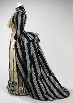 Walking dress, House of Worth, c. 1885, French. Metropolitan Museum of Art. More bustle info: http://twonerdyhistorygirls.blogspot.com/2013/05/the-fashionable-bustle-c-1885.html