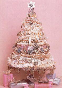 pearl and vintage rhinestone pin tree
