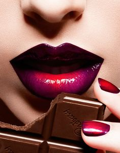 Purple Lip Art Makeup with Red Shades
