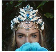 Blue and gold mermaid crown!!!                                                                                                                                                     Mais