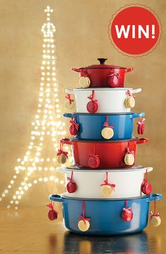 Le Creuset | [Competition Closed] In-Store Competition: Win the Le Creuset Christmas Tree valued at R14 760!