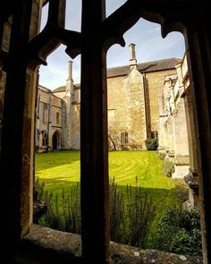 View from the cloisters into the courtyard at Lacock Abbey. #lacock #lacockabbey #nationaltrust #courtyard #cloisters #window #history #heritage #wiltshire #visitwiltshire #explore_britain_  #love_united_england #total_united_kingdom #bestdestinationsengland #instabritain #livehistori #fiftyshades_of_history