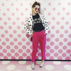 """""""This part of the Banksy & Lichtenstein exhibition lent itself well to a spotty OOTD! (Also looks like I have broken my foot - 9 years in and still can't perfect an outfit pose)"""" Fall Winter Outfits, Spring Outfits, Celebrity Outfits, Celebrity Style, Zoe Sugg, Urban Fashion, Womens Fashion, Fashion Edgy, Everyday Outfits"""