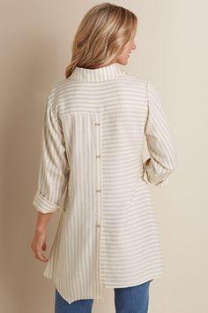 Standout Shirt Kurta Cotton, Suits For Women, Clothes For Women, Dress Indian Style, Beautiful Blouses, Indian Designer Wear, Simple Dresses, Casual Tops, Shirt Blouses