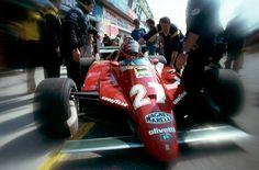 Gilles Villneuve (CAN) (Scuderia Ferrari), Ferrari 126C2 - V6 Turbo