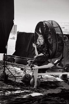 Eva Herzigova - Bekijk Peter Lindbergh's complete 90s supermodel reünie voor Vogue Italia