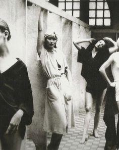 Polly Mellen styled the controversial Bathhouse Series & Nastassja Kinski Foto Fashion, 70s Fashion, Vintage Fashion, American Fashion, Dark Fashion, Fashion 2018, Fashion Shoot, London Fashion, Style Fashion