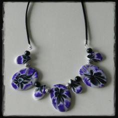 Paarse wit bloem ketting fimo