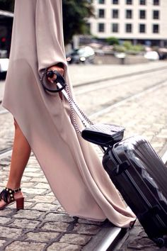 I am travelling to the most romantic place to meet up with a wonderful gentleman WHO loves me very much. Stunning Dresses, Fashion Advice, Travel Style, Everyday Fashion, Dress To Impress, Fashion Forward, What To Wear, Fashion Design, Fashion Trends