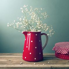 Evinizin her köşesi hareketleniyor! Çizgili ve puantiyeli ürünler Better Homes and Gardens Haziran sayısında.