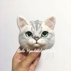 #woolfelt #woolfelting #woolfeltcat #woolfeltedanimals #cat #cats #kittycat #kittens #cutecat #cutecats #Handmade #linlvhandmadestudio #linlvhandmade #林绿手作工作室 #羊毛毡 #针毡 #猫