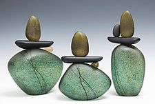 Cairn Rock Totem in Teal by Melanie Guernsey-Leppla - Tall Cairn in Teal (Art Glass Sculpture) - Creativo - Skulptur Rock Sculpture, Metal Wall Sculpture, Sculpture Painting, Ceramic Sculptures, Teal Art, Moon Art, Pebble Art, Painted Rocks, Glass Art