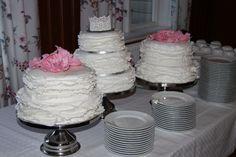 d22f38bbd1f8 8 bästa bilderna på Cupcakes Bröllop | Catering, Catering business ...