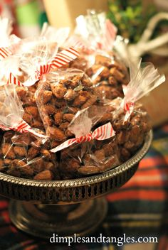 Dimples and Tangles: CANDIED CINNAMON SUGAR ALMONDS-done in the crockpot
