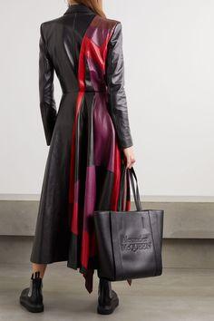 Sarah Burton, Cardiff, Fashion 2020, Fashion News, Asymmetrical Coat, Alexander Mcqueen Clothing, Long Leather Coat, Models, Womens Fashion