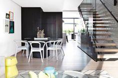 Cor e contraste na decoração. Veja mais: http://www.casadevalentina.com.br/blog/materia/cor-e-contraste.html  #decor #Decoracao #home #color #cor #casa #interior #design #details #detalhes #casadevalentina