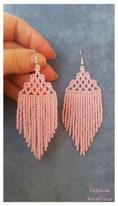 Beaded Earrings Native, Beaded Earrings Patterns, Beading Patterns, Lace Earrings, Hoop Earrings, Fringe Earrings, Beaded Bracelets, Loom Patterns, Craft Ideas