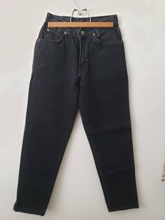 Chic is an iconic vintage brand jean, amazing pair of high waisted mom jeans! Pictures dont show the true color, but they are a nice deep black with no fade to the coloring at all. No tag for sizing, measurements: Waist Inseam Rise 35 Outseam Jean Vintage, High Waisted Mom Jeans, Trending Outfits, Unique Jewelry, Skinny Jeans, Chic, Pants, Etsy, Black
