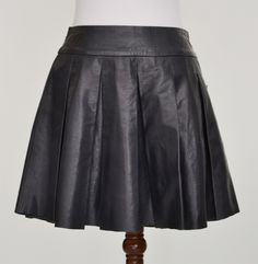 Alice + Olivia Tam Box-Pleat Leather Skirt - NewChicBoutique.com