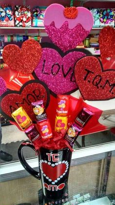 Learn how to make easy Valentines Gifts in a Jar for your boyfriend, girlfriend or coworker. You can buy all the supplies you need at your local dollar store for these budget friendly presents Valentines Day Baskets, Valentines Gifts For Boyfriend, Valentines Day Decorations, Valentine Day Crafts, Boyfriend Gifts, Boyfriend Girlfriend, Valentines Breakfast, Candy Gifts, Jar Gifts