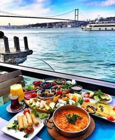 Nadire Atas on Dining Al Fresco Good morning Istambul