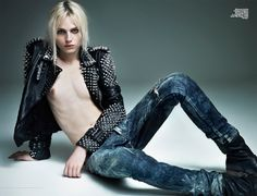 Androgynous model Andrej Pejic celebrates glam rock fashion, lensed by Marcin Tyszka for the Spring 2011 issue of Viva! Creative styling by Agnieszka Scibior makes for a sensual, style mashup. Androgynous People, Androgynous Models, Androgynous Fashion, Transgender Model, Transgender People, Boy Models, Male Models, Poses, Beauty