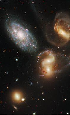 Stephan's Quintet – 300,000,000 light years away