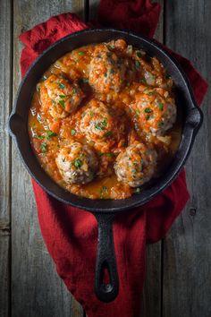 Oven Baked Italian Meatballs  #justeatrealfood #noshtastic
