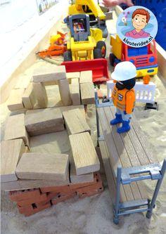Zandtafel, thema wij bouwen een huis 4, met kleuters, kleuteridee.nl
