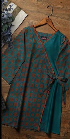 lawn dresses neck designs - lawn neck design - lawn neck designs 2019 - lawn dress neck design - lawn suit neck design - neck designs for lawn suits - lawn shirts neck designs - lawn dresses neck designs - lawn kurti neck designs Girls Dresses Sewing, Stylish Dresses For Girls, Frocks For Girls, Stylish Dress Book, Designer Party Wear Dresses, Kurti Designs Party Wear, Party Dresses, Simple Pakistani Dresses, Pakistani Dress Design