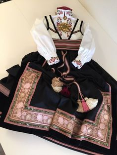 Hygge, Boho Shorts, Costumes, Clothes, Scandinavian, Women, Fashion, Hipster Stuff, Embroidered Blouse