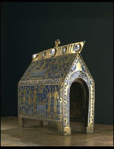 The Becket Casket (Casket) Limousin, Medieval Art, Renaissance Art, Relic Hunter, Alexander Technique, Limoges France, Les Themes, Church Interior, St Thomas