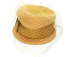 Vintage woman's hat yellow
