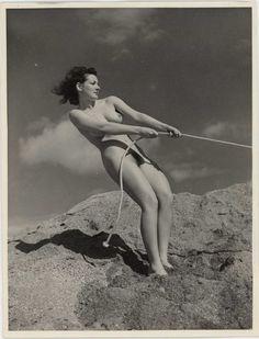 War nude girl