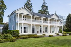 A renovated 19th-century homestead hits the market in New Zealand's wine country
