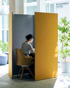 Home Room Design, Shop Interior Design, House Design, Office Space Design, Home Office Space, Office Pods, Office Cubicle, Co Working, Coworking Space