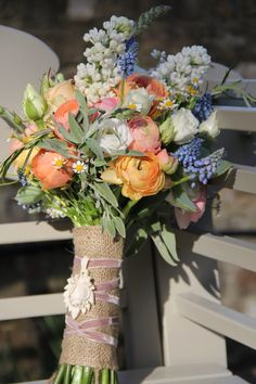 spring wedding flowers///www.annmeyersignatureevents.com