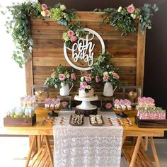 22 Bohemian Baby Shower Ideas for Free-Spirited Ma. 22 Bohemian Baby Shower Ideas for Free-Spirited Mamas Boho Baby Shower, Baby Shower Floral, Baby Shower Elegante, Baby Girl Shower Themes, Baby Shower Brunch, Girl Baby Shower Decorations, Baby Boy Shower, Baby Girl Babyshower Themes, Baby Shower Backdrop