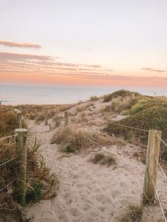 Beach Aesthetic, Summer Aesthetic, Sunset Beach, Beach Scenery, Places To Travel, Places To See, Travel Photography, Landscape Photography, Scenery Photography