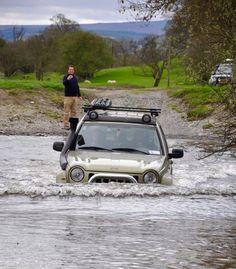 Jeep KJ greenlaning rivercrossing Wales 2017
